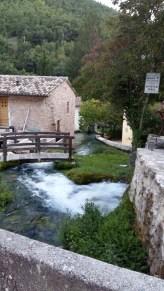 Rasiglia - Matrimonio e Vacanze in Umbria - Stilista Personale (71)
