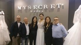 Foto di gruppo nello spazio di Mysecret Sposa a Sì SposaItalia 2016