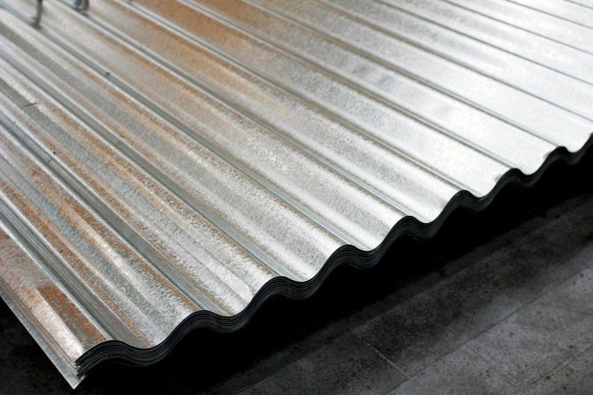 Diferencias entre las láminas galvanizadas y el acero inoxidable