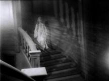 Cuadecuc.vampir.1971.DVDRip.XviD.avi_snapshot_00.27.55_[2016.03.18_12.43.20]