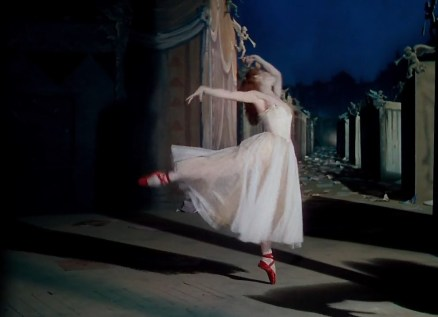 The Red Shoes.mp4_snapshot_01.12.33_[2016.03.10_12.28.49]
