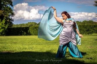 Dancing during the larp Harem son Saat. Photography: Jerome Verdier