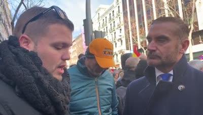 euprepio-padula-entrevista-a-un-taxista-2019-01-28-at-13-57-06-mp4