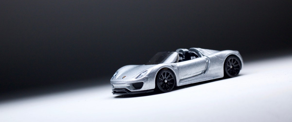 a tale of two porsches the new hot wheels 918 spyder is a major upgrade over the concept. Black Bedroom Furniture Sets. Home Design Ideas