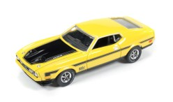 01-AW64023_71Ford_MustangMach_1_SetB-1
