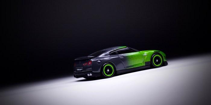 A Tale of Two: Hot Wheels Nissan GT-R Toy Fair & Guaczilla