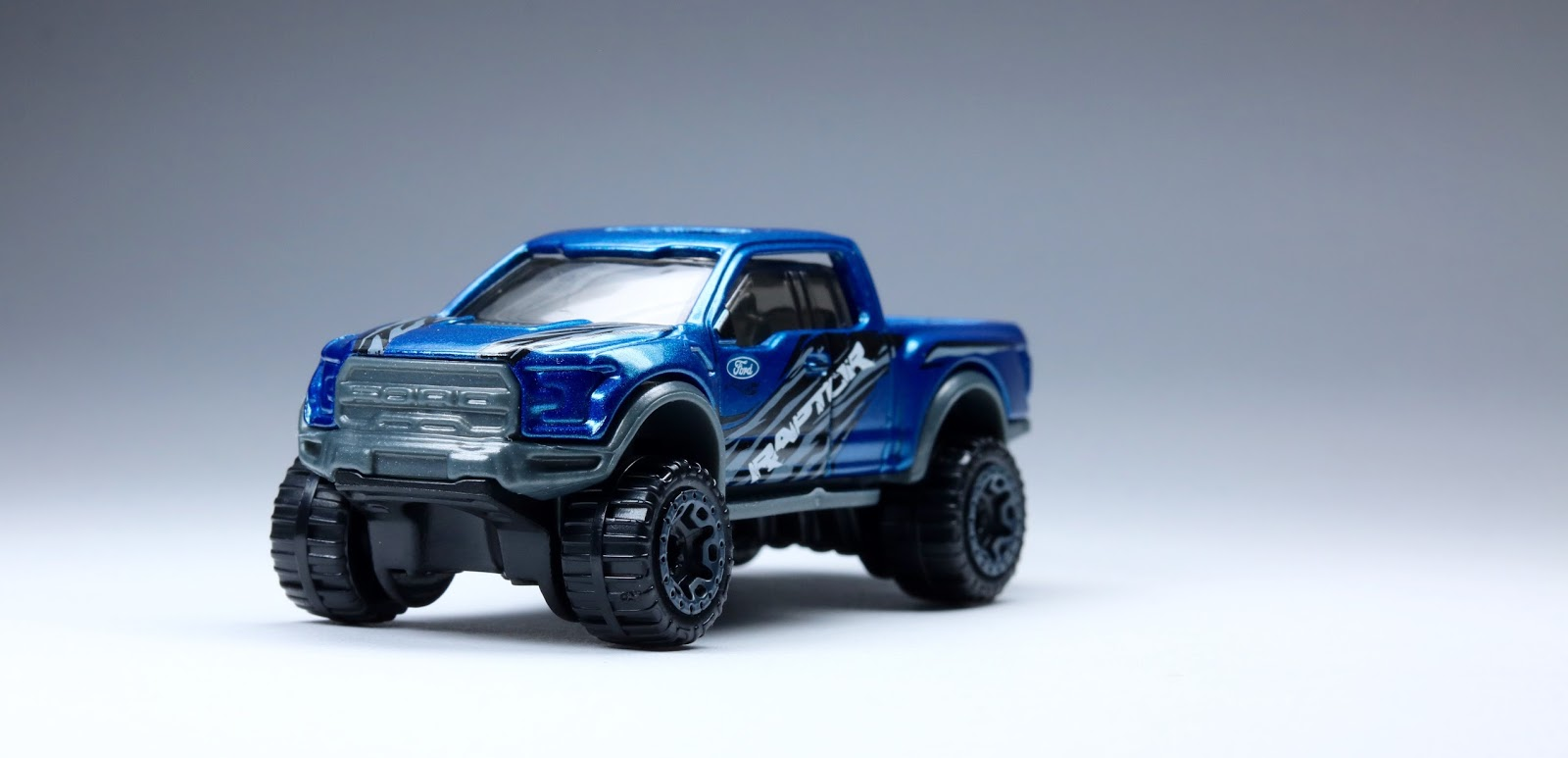A Tale Of Two The Brand New Hot Wheels '17 Ford Raptor