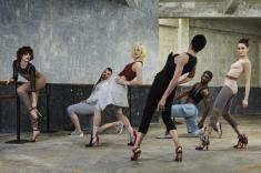 exclusivite--la-video-de-la-nouvelle-campagne-louboutin-avec-blanca-li-photo-7