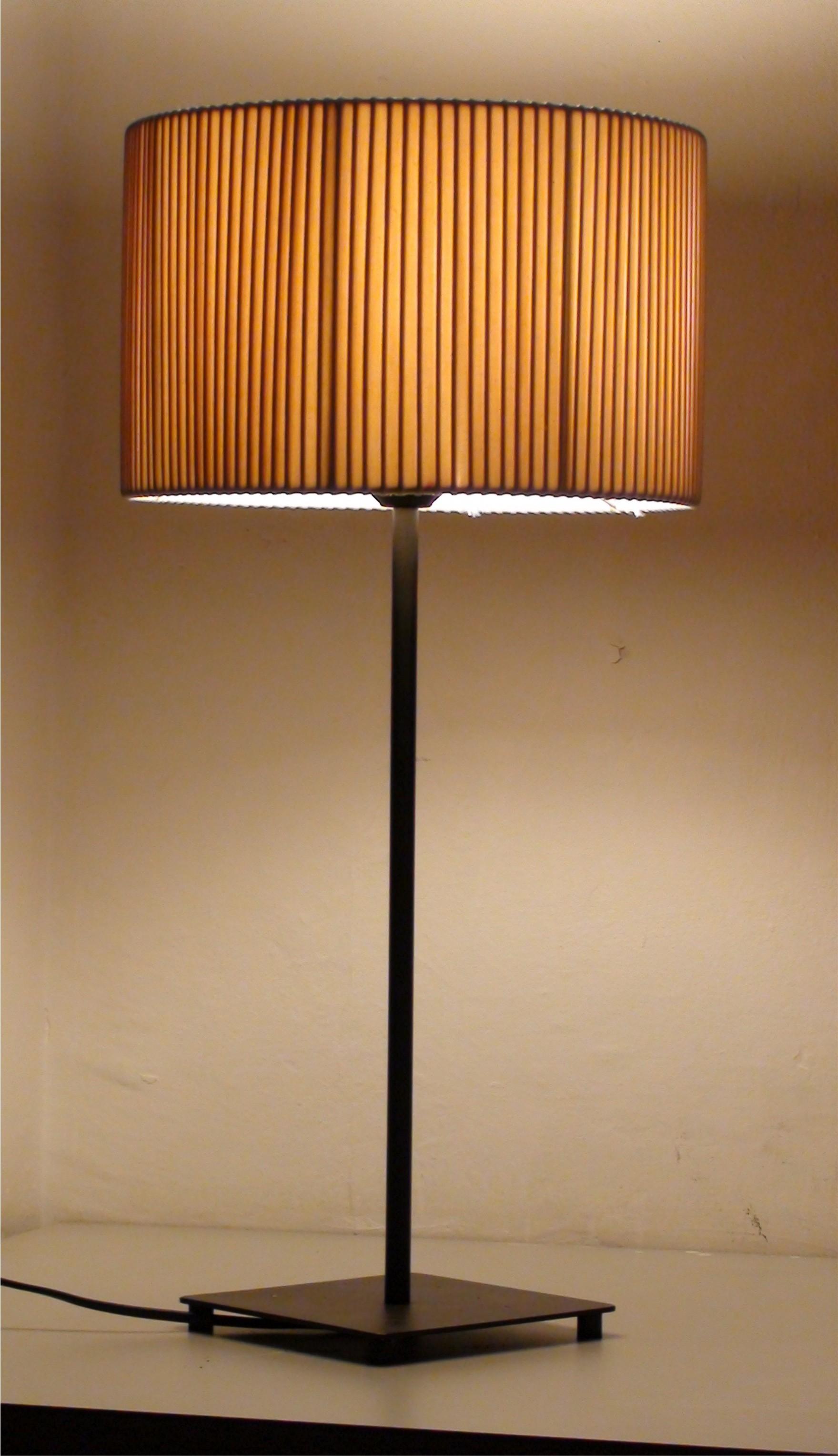 Lamparas de mesa  lamparasdesign