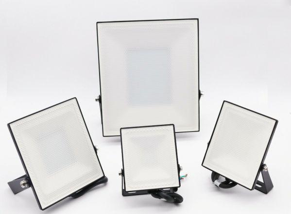 LED Strahler Fluter Scheinwerfer Ultra Slim