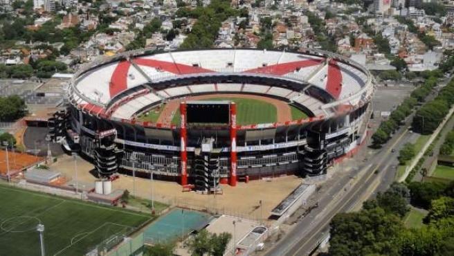 Falsa amenaza de bomba en estadio de River Plate: un chico quería librarse de un examen
