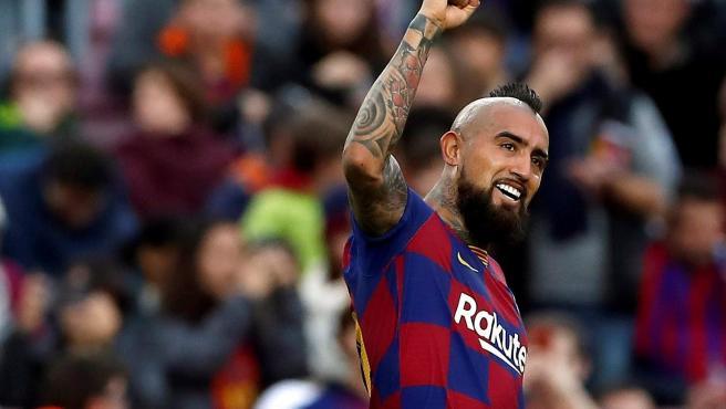 Arturo Vidal denuncia al FC Barcelona por el impago de 2,4 millones de euros en primas por objetivos