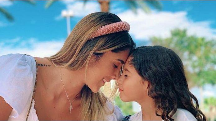 Daniela Ospina conmueve a todos por mensaje a su hija que se va con James