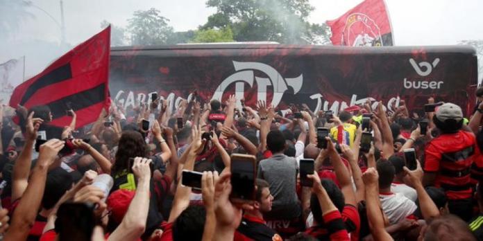 Nueva contratación del Flamengo lloró en su presentación