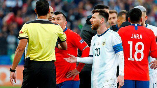 Sanción a Lionel Messi tras la Copa América