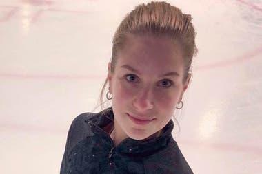 Conmoción por el fallecimiento de una campeona mundial de patinaje sobre hielo tras caer de un sexto piso