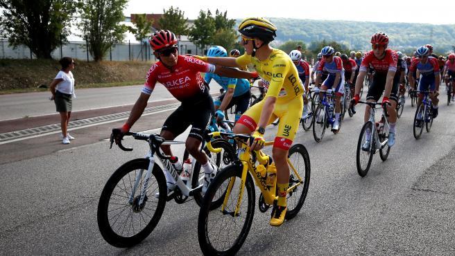 La sombra del dopaje vuelve al Tour: Dos detenidos en el equipo de Nairo Quintana