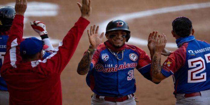 Dominicana vence a Panamá y accede a semifinales en Serie del Caribe