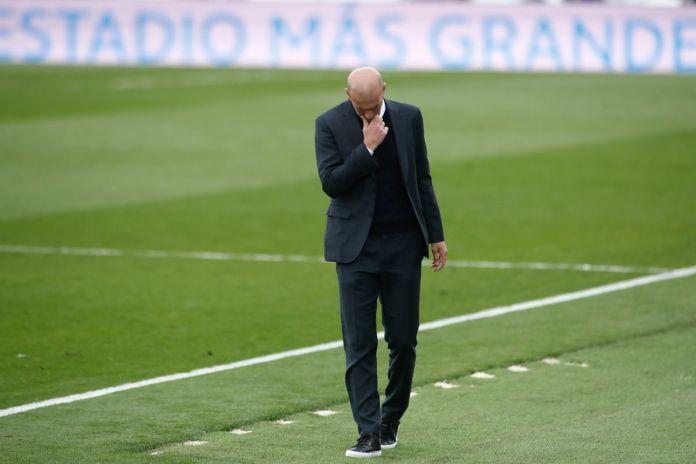Zidane comunica su deseo de marcharse del Real Madrid