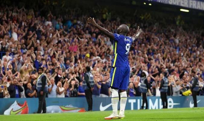 Lukaku se estrena con doblete en Stamford Bridge
