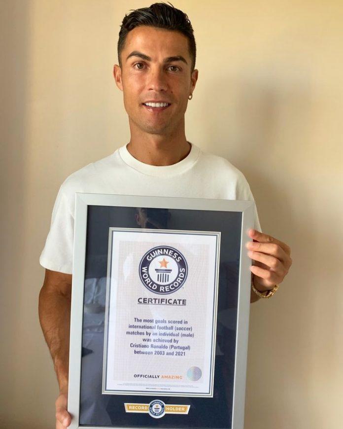 Cristiano Ronaldo celebró su Record Guiness como máximo goleador