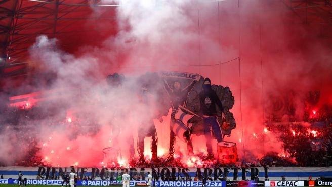 El Clásico francés entre PSG y Olympique de Marsella se salda con 21 detenidos, nueve heridos y uso de gas lacrimógeno