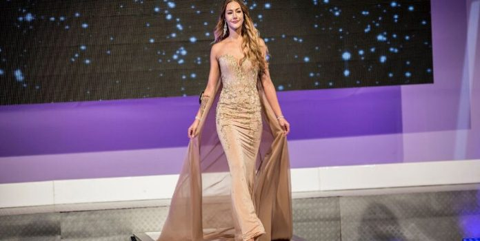Hallan muerta en su casa a finalista del Miss Universo
