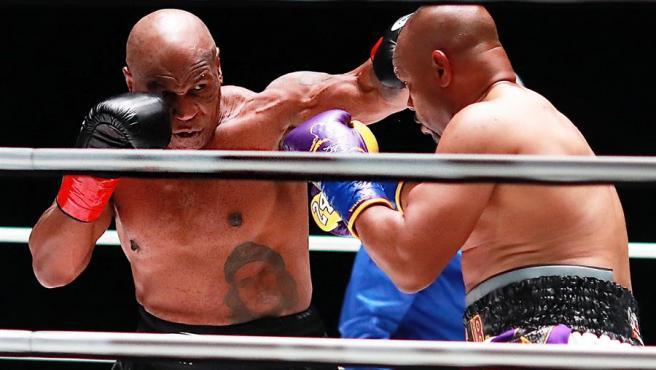 Combate nulo pero espectacular en el regreso de Tyson al boxeo