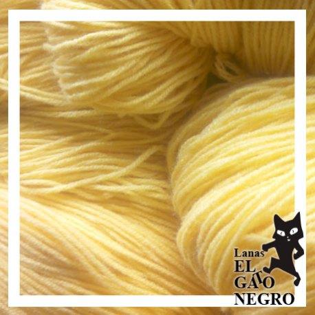 Lanas-El-Gato-Negro-Lana-Veleta