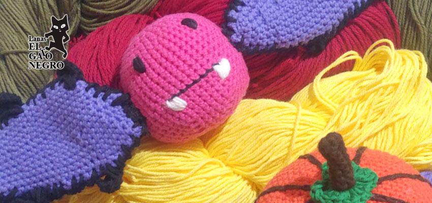 Adornos crochet halloween