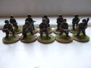 Pz grenadiers advancing