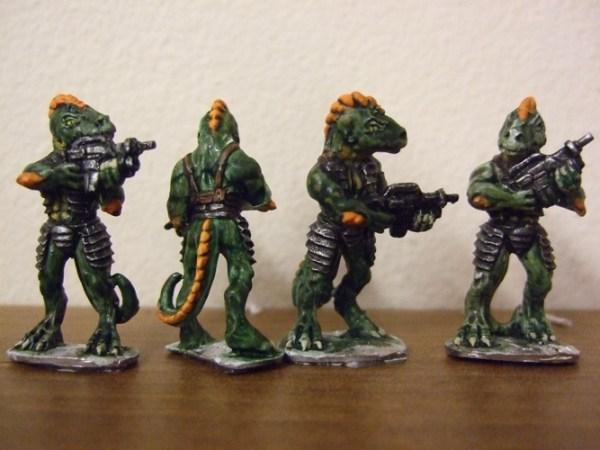 4 Raizze troopers bolt rifles