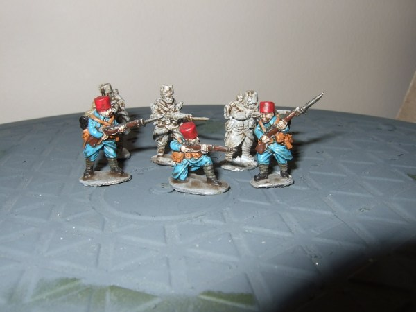 6x mixed infantry wearing fez