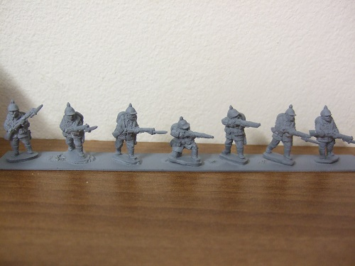 7 various poses early war Germans