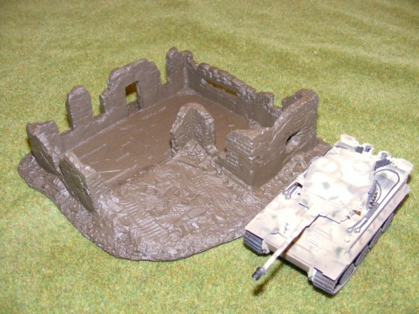 Ruined L-shaped brick house will fit A/T gun and crew.