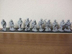 R1  Infantry section  advancing 10 figures