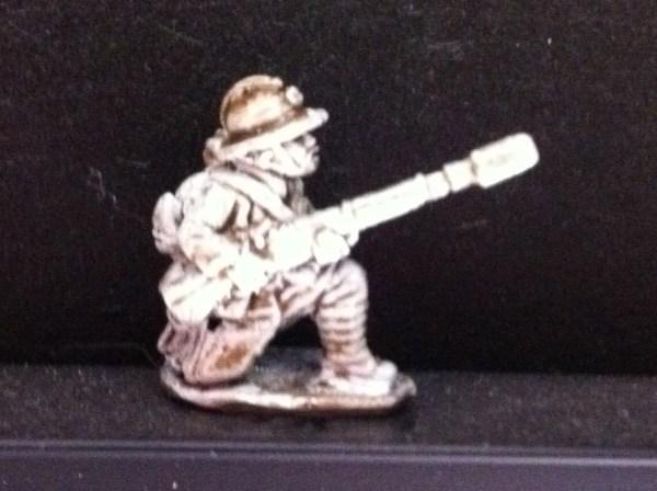 rifle grenadiers 2 figures 1 standing 1 kneeling