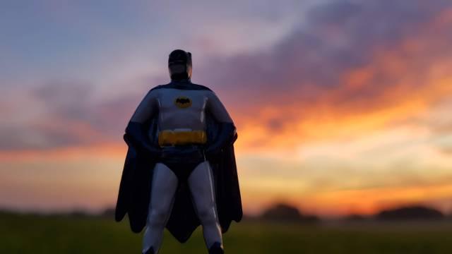Batman vorm Sonnenuntergang