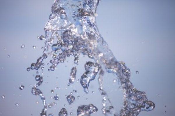 上善水の如し。不動産と弁護士業界の「水」事情。