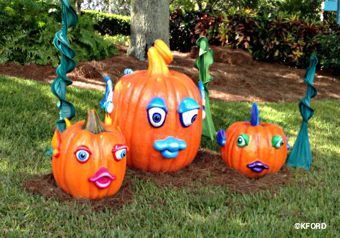 SeaWorld39s Halloween Spooktacular brings treats to theme