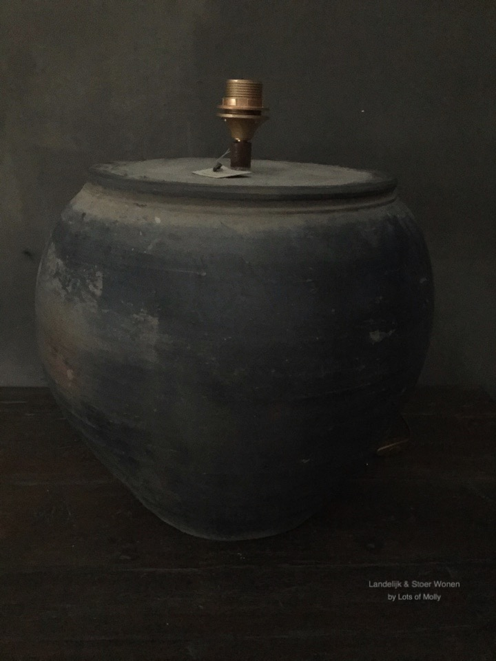 Tafellamp terracotta kruik van Aura Peeperkorn