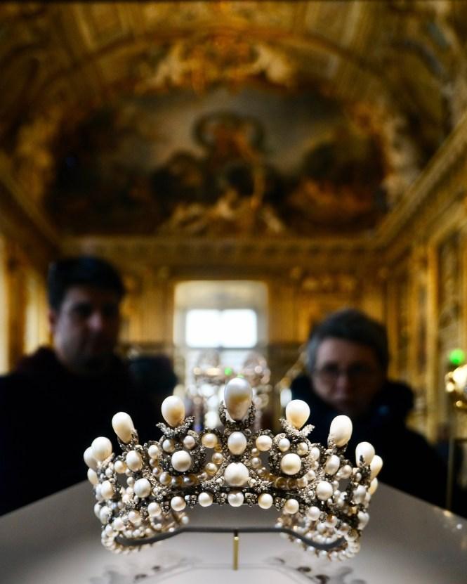Pearl and Diamond Crown Jewels