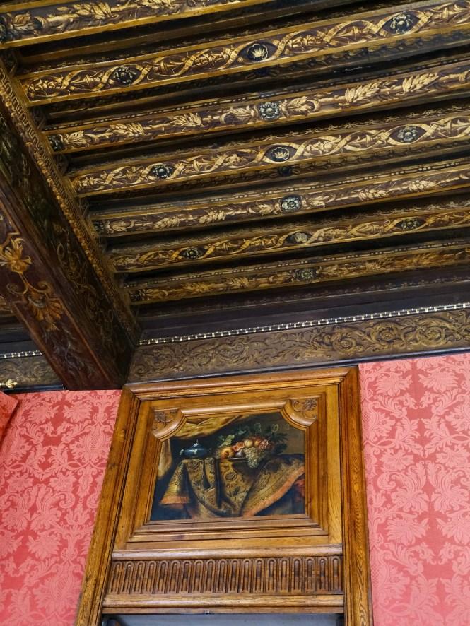 Salle des Gardes at Hôtel de Lauzun