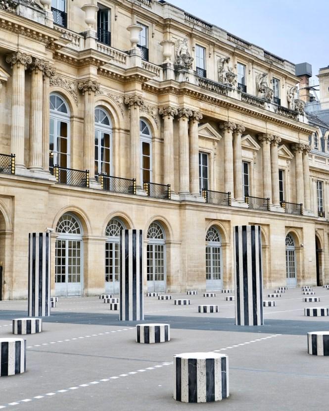 Palais-Royal Colonnes de Buren