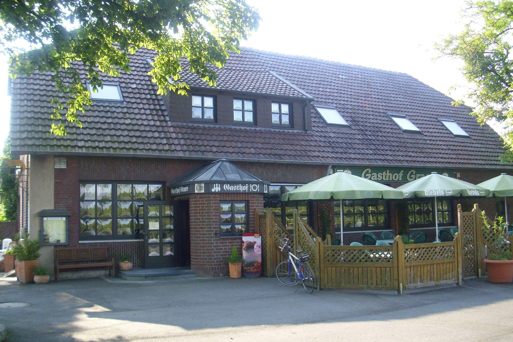 2000 Front Landgasthof Graes