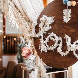 Schild Hochzeit Schriftzug aus Pampasgras LOVE