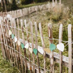 Staketenzaun Outdoor-Hochzeit
