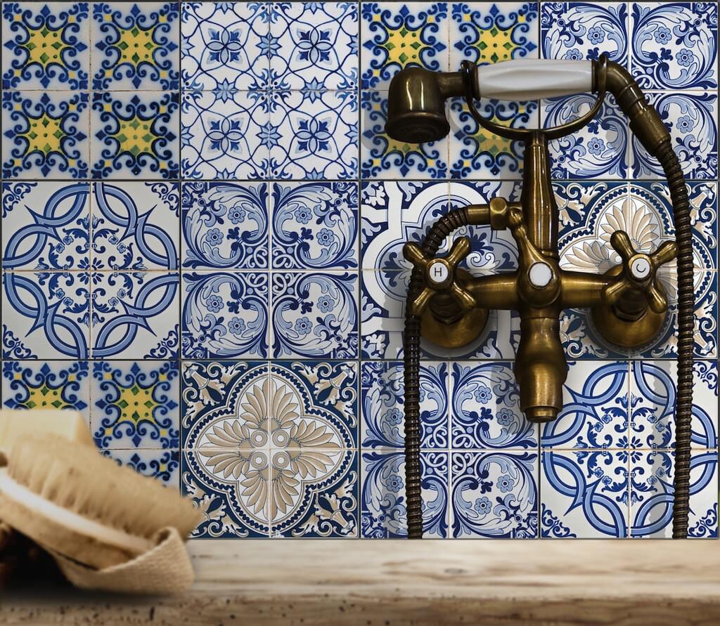 Klebefolien sorgen fr orientalischen Look im Badezimmer