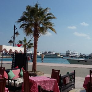 Sightseeing tour of Hurghada: photos from the embankments in Hurghada