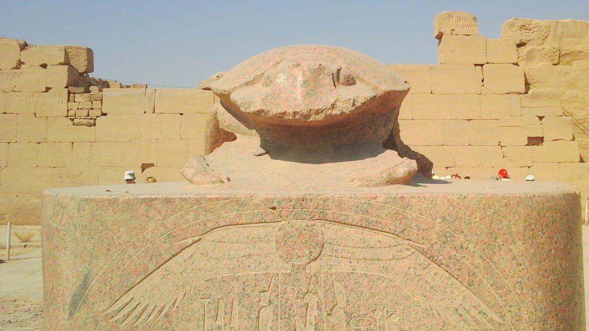 Экскурсия в Луксор-Долина Цариц из Хургады